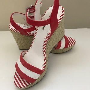 Kelly & Katie red and white striped wedges